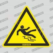 Elcsúszás veszélye matrica, 10×10 cm