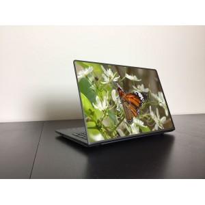 Színes pillangó laptop matrica